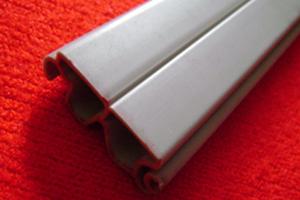 真空PVC塑料挤出型材_冷顶PVC异型材